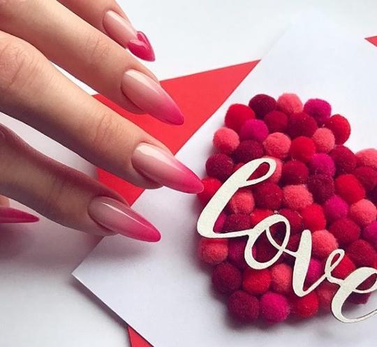 manikur za sveti valentin