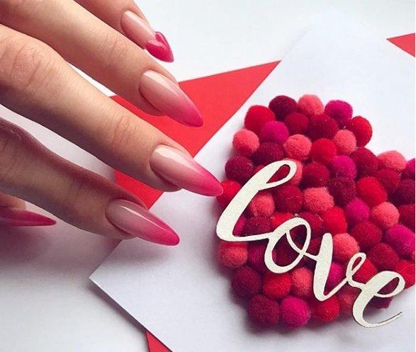 маникюр за Свети Валентин