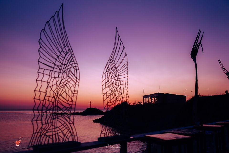 Hacienda Beach посреща през август Ъпсурт, СкандаУ и Поли Генова