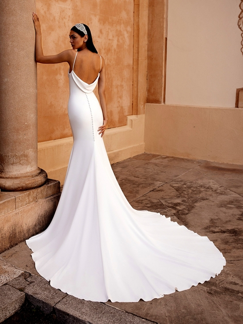 сватбени рокли 2020