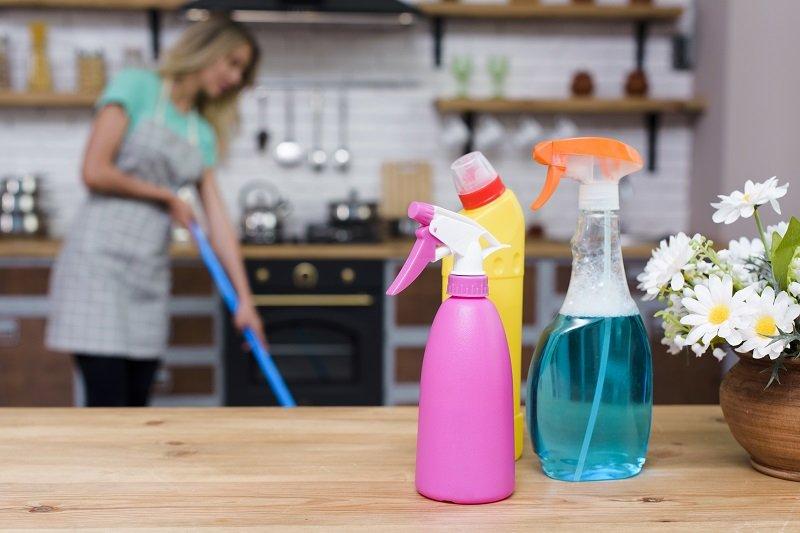 Домашен антибактериален спрей – как да си направим?