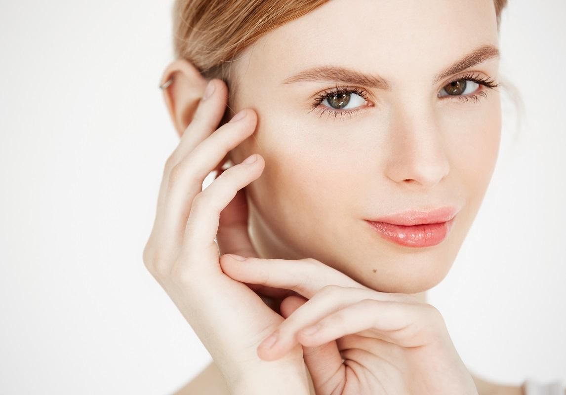 Хидратиране и подмладяване на кожата със скинбустери